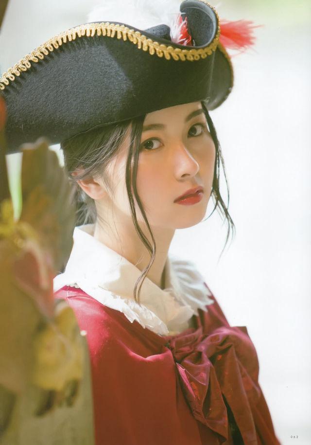 佐々木琴子のコスプレ画像