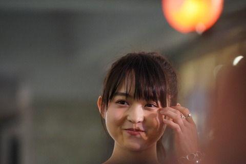 【元乃木坂46】伊藤万理華、香港で満月になる・・・