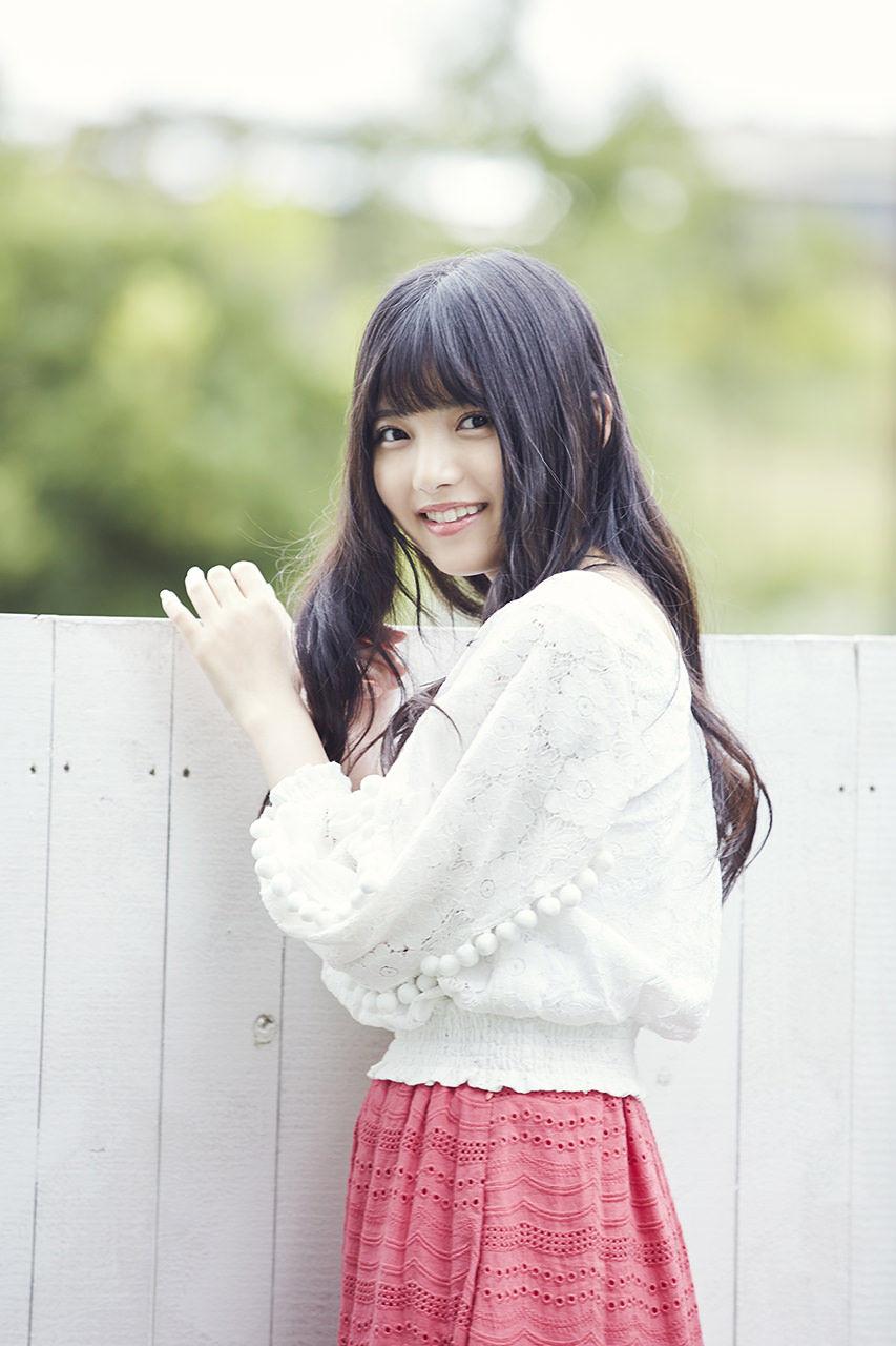 上村莉奈の笑顔画像