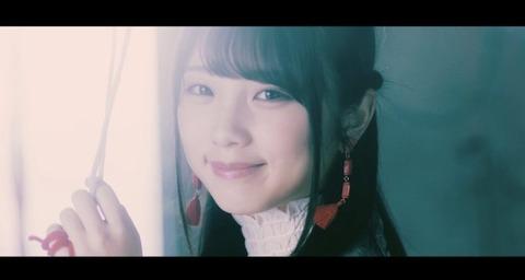 yuuki_yoda-thinkingdogs-mv-love-718x383
