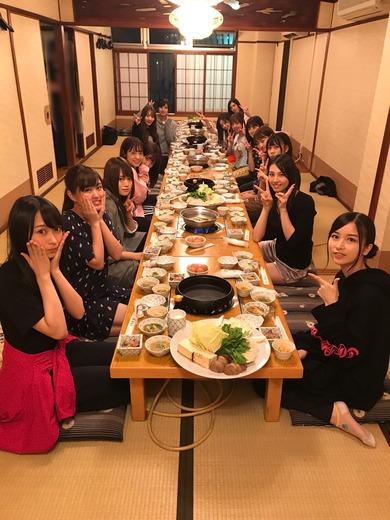 【乃木坂46】琴子&絢音はVIP席www「伊藤かりん」福岡でのご飯会写真を公開!