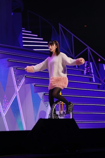 【乃木坂46】これも運命・・・西野七瀬がTGCで着ていた衣装、与田ちゃんがお披露目会で着てたよね!