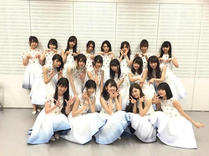 橋本七未 卒業アルバム 7冊目 (12)