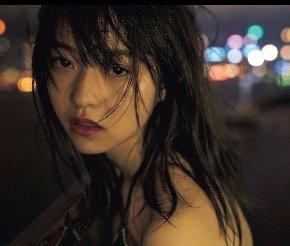 伊藤万理華 写真集発売決定 (1)