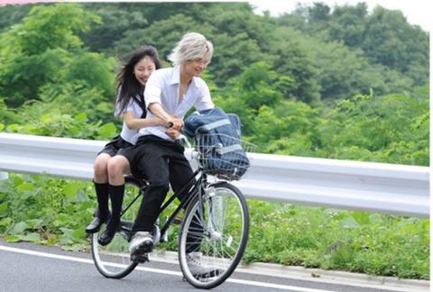 自転車横乗り