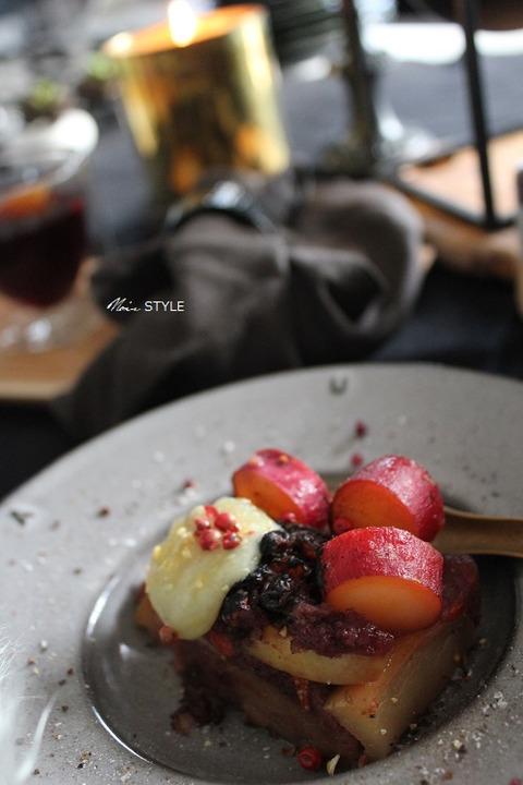 ストウブ・・・ワインケーキ2