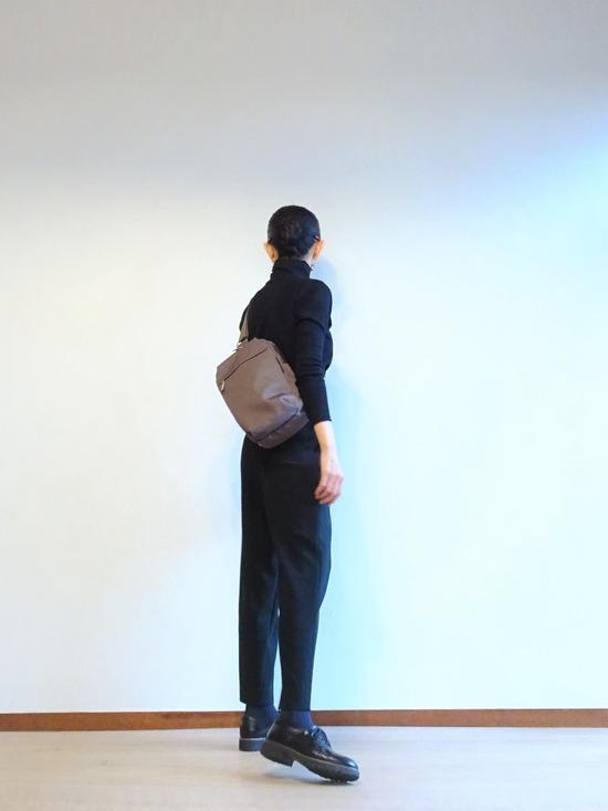zukka黒ハイネック&ヨーガンレールテパードパンツ (5)