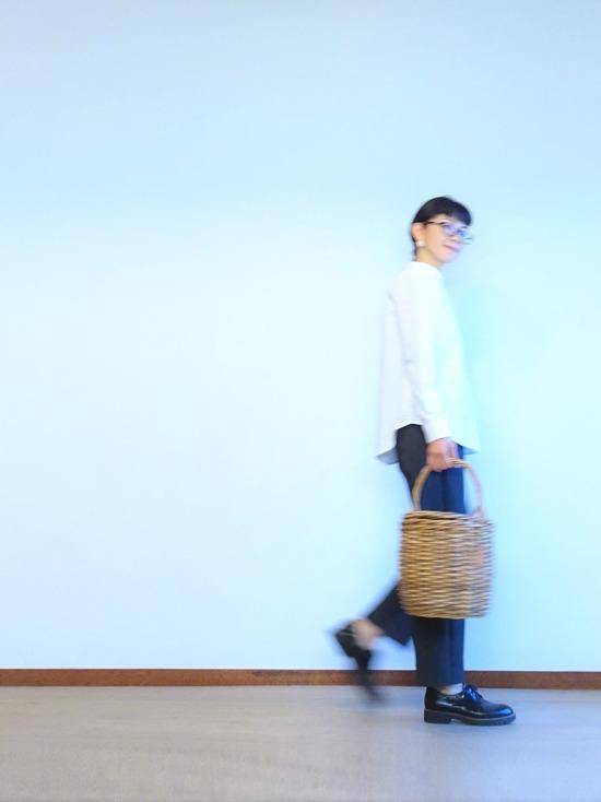 丸襟白シャツ&ツイードイージーパンツ (7)