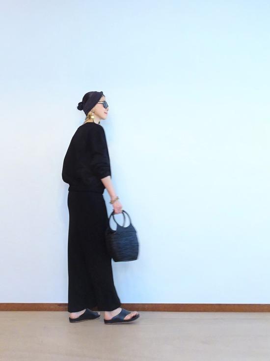 FLAMANDトップス&黒巻スカート (5)