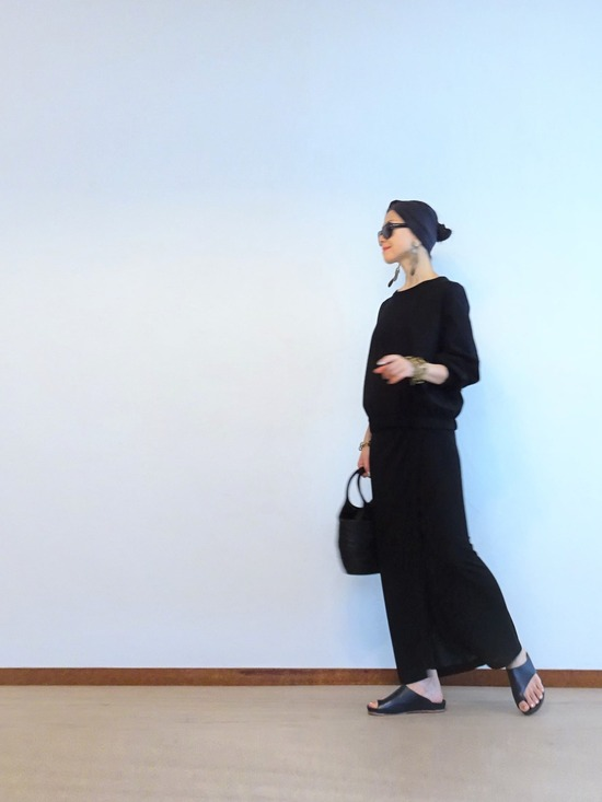 FLAMANDトップス&黒巻スカート (1)