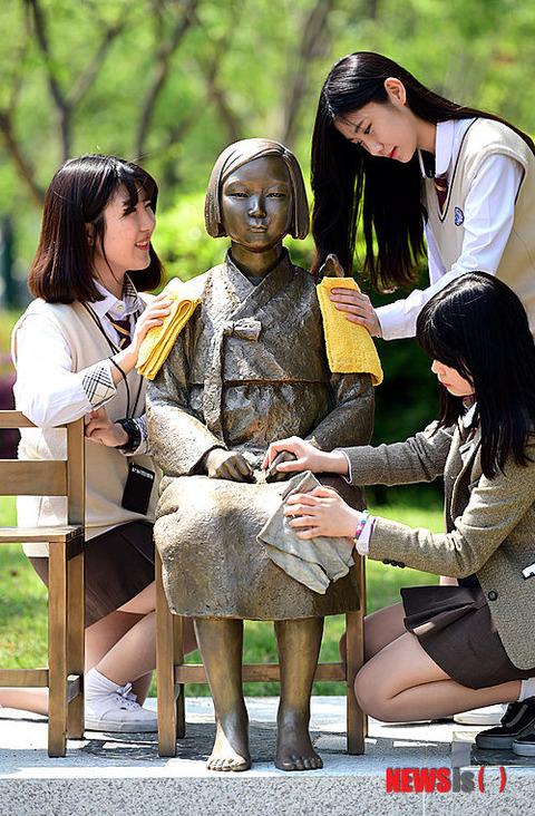 北 朝鮮 売春 北朝鮮の金正恩氏が性売買を行った『芸能人のタマゴ』を大量処刑した...