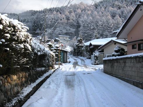 市道の積雪