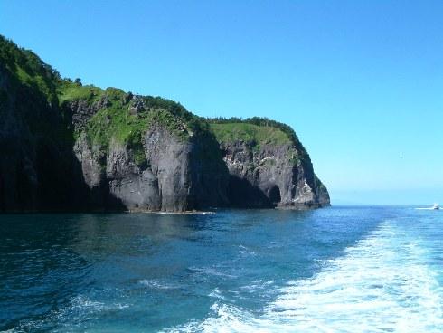 半島の断崖