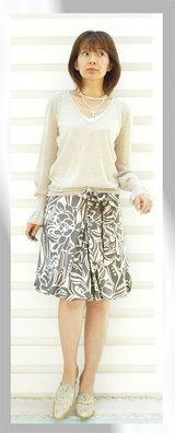 2 iriseニット20000円 スカート13000円