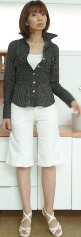 1 キャサリンのシャツ 14700円
