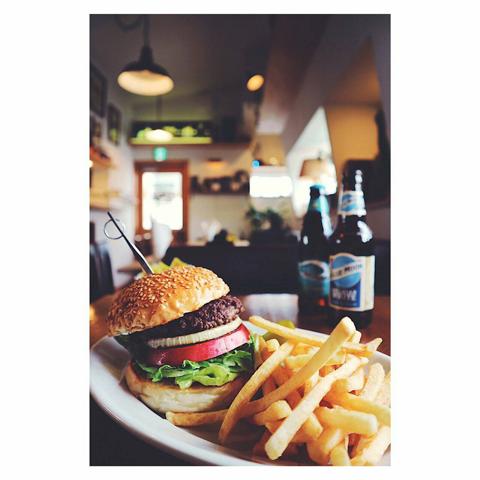 img_bossaburger_hamburger_01