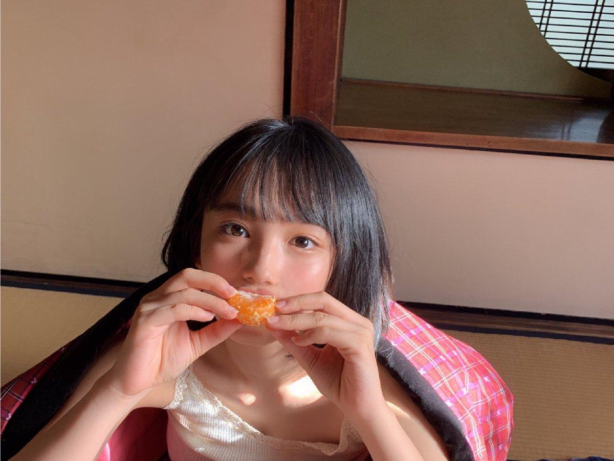 【芸能】大人気!  16歳で谷間を公開! 「Fカップの広瀬すず」 AKB48 矢作萌夏のギリギリ写真