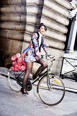 【芸能】 大人の女!<Koki,>母・工藤静香との「初めてのメークの記憶」告白 美容誌に初登場