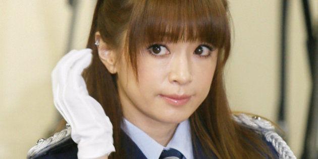 【芸能】今年の一枚目! 浜崎あゆみ、「細い?顔小さい?」新年一発目の写真が加工を疑われ話題に