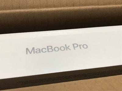 【MacBook Pro】届きました! [写記 vol.1540]