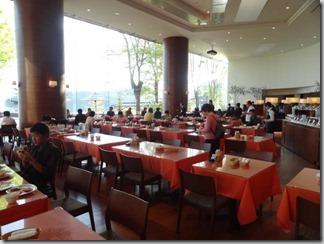 【あかん遊久の里 鶴雅】雄阿寒岳を見ながら贅沢な朝食