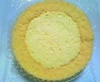 カスタードくりーむロールケーキ(八天堂×ローソン)