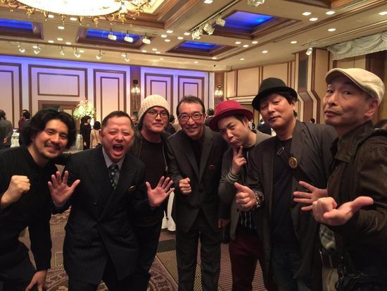 【朗報】冨樫義博さん、元気な姿でこち亀40周年パーティーに出席