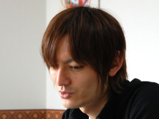【朗報】「Key」所属のシナリオライター・麻枝准が退院を報告「助かったのは奇跡です」