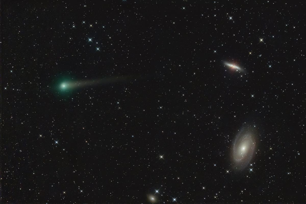 パンスターズ彗星とM81M82 5月24日