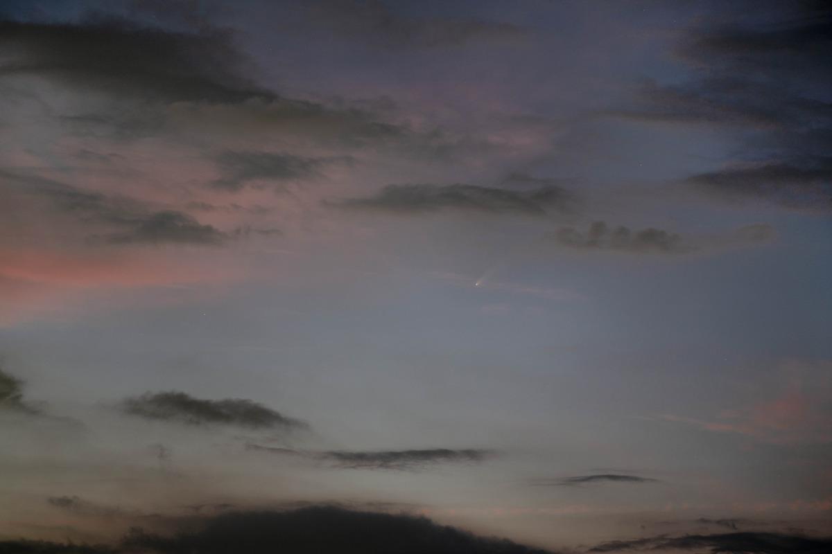 ネオワイズ彗星2020年7月16日20時05分 小里川ダムのコピー