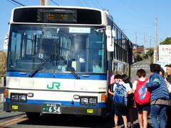 最後尾のバス