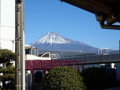 本町駅からの富士山