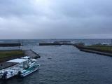 西川名の港