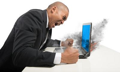 パソコン壊れる