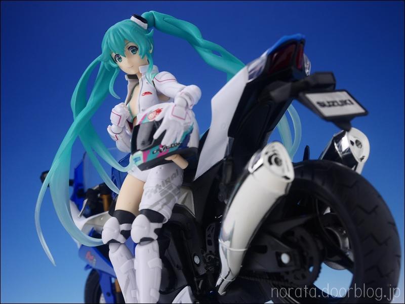 figma_racingmiku_evmirai(45)