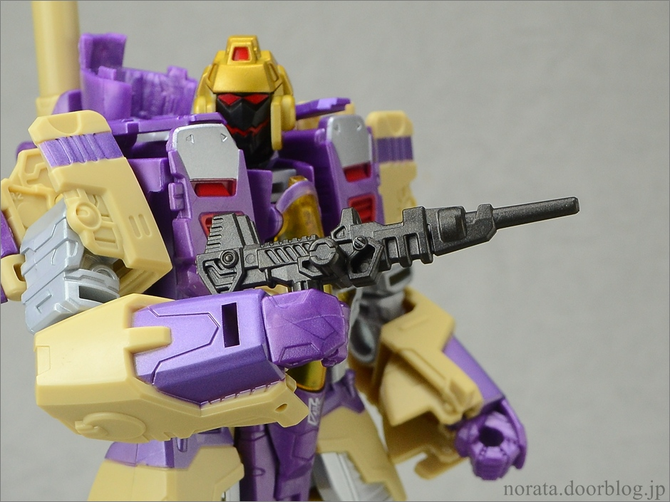 TFG_blitzwing(21)