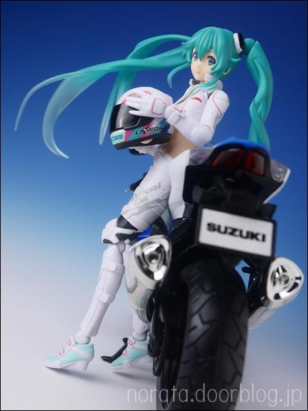 figma_racingmiku_evmirai(44)