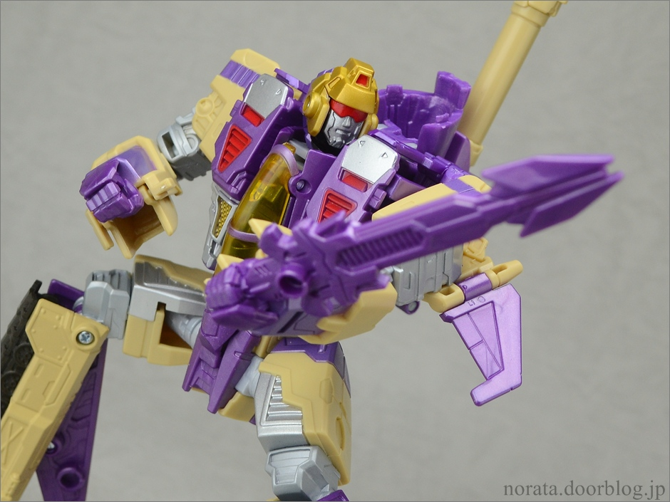 TFG_blitzwing(32)