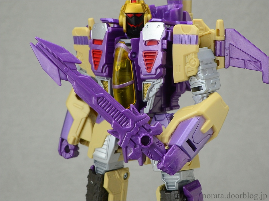 TFG_blitzwing(20)
