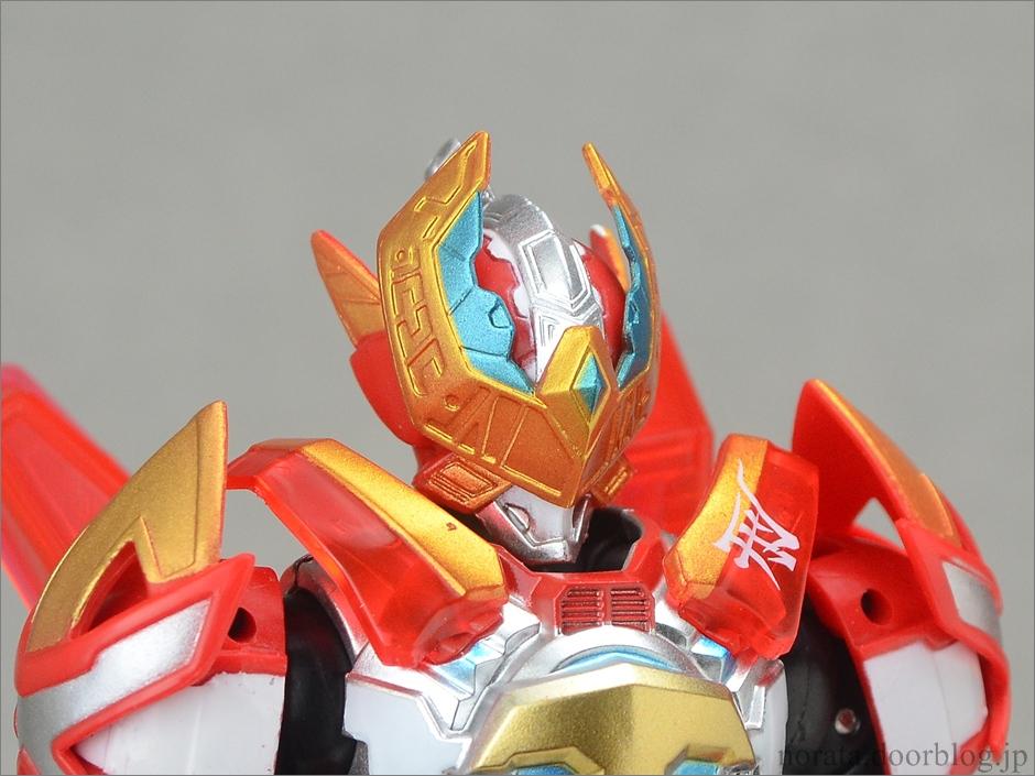 Armor_hero_xt(3)