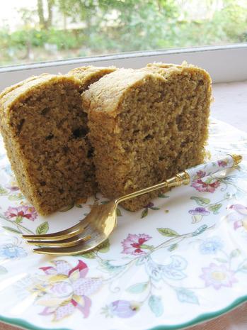 ハトムギと茉莉花茶のパウンドケーキ