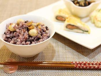 黒米と蓮の実のご飯