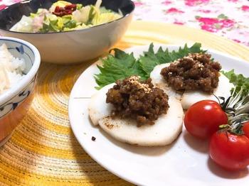 山芋の薬膳肉味噌のせ