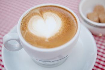 カフェでリラックス