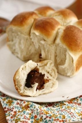 チョコ入りちぎりパン