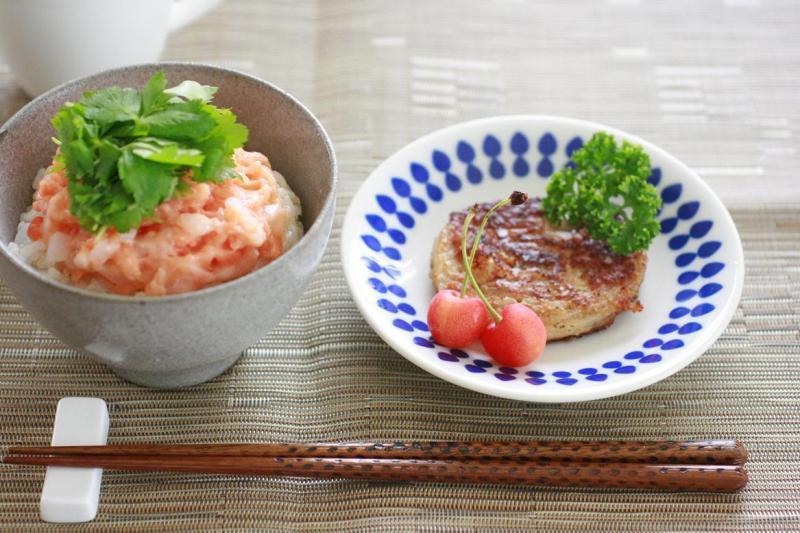 たたき身丼のあさご飯