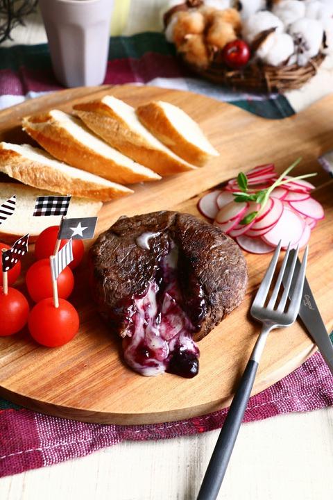 パーティ―レシピに!チーズの牛肉巻き~隠しジャム~