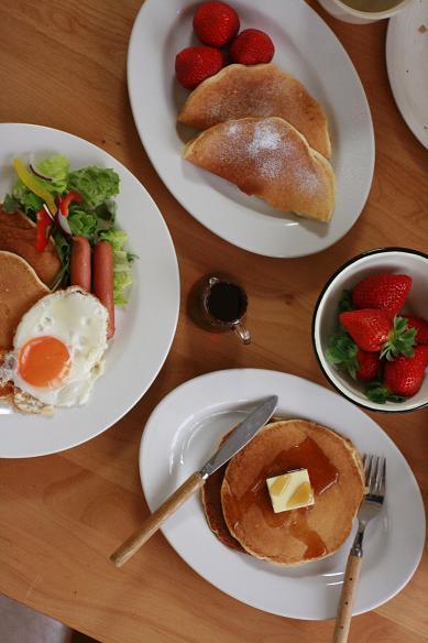 自家製ミックス粉でパンケーキの朝食