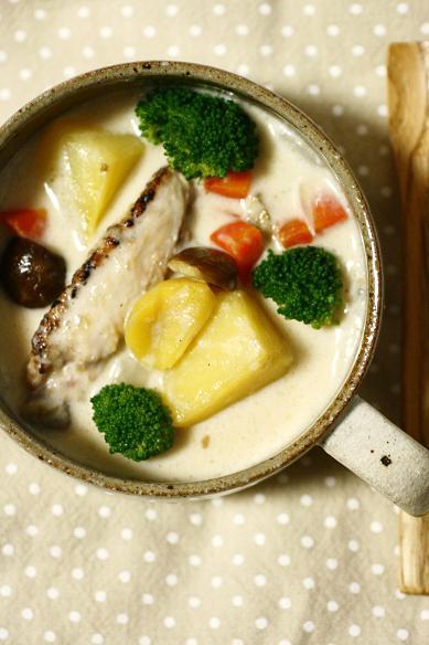 栗と手羽のクリームスープ