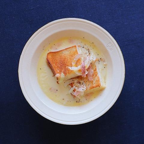 カルボナーラ風スープパン